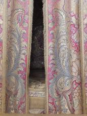 Le lit royal, on dit. Moi? Je doute.