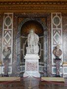 Statue de Louis XIV en empereur romain