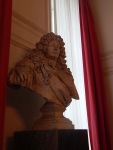 Buste de Louis XIV dans les Grands Appartements du XVII siècle, Je vais me renseigner, mes chers, mes j'ai l'impression que cette buste n'est pas d'époque